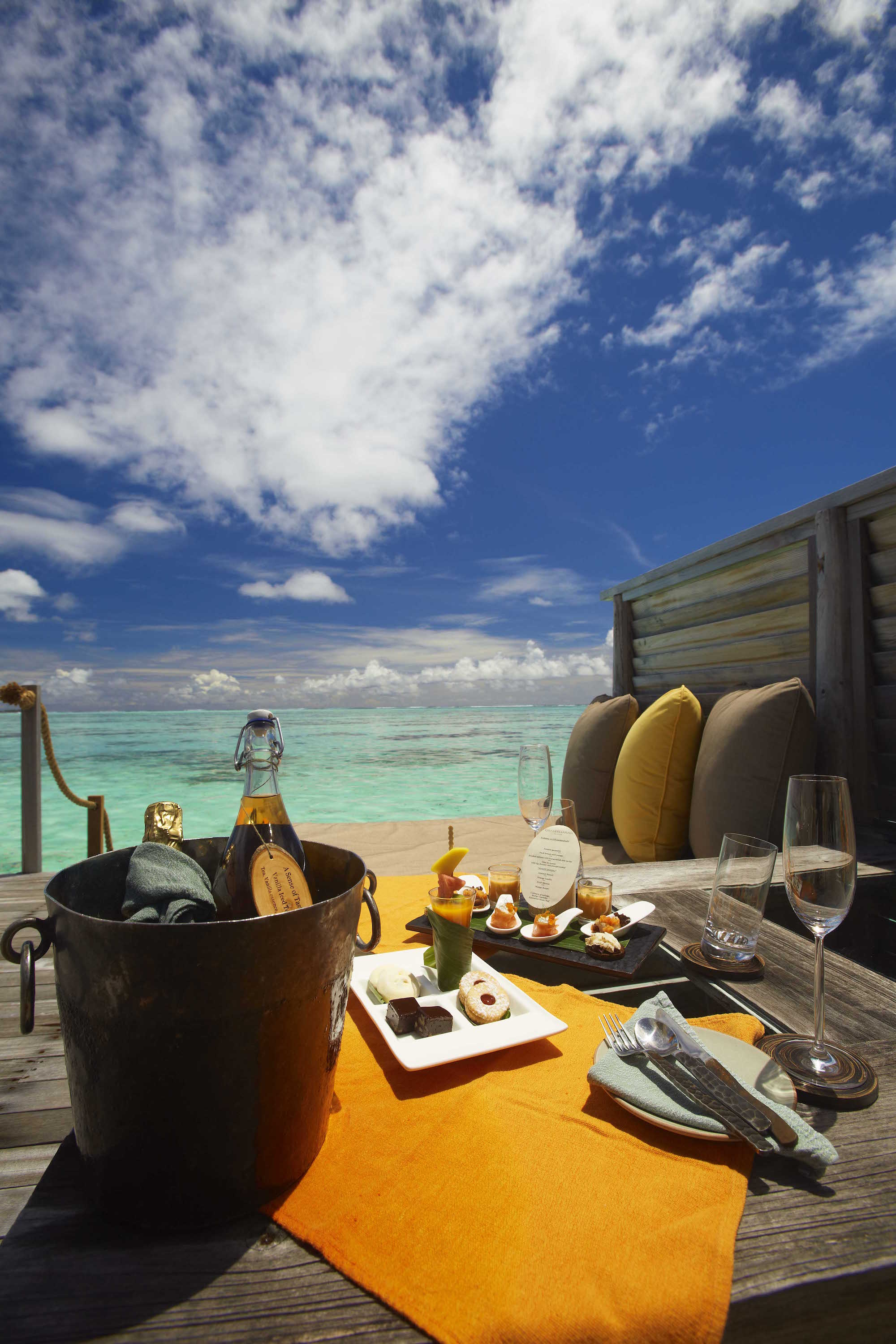 Gili Lankanfushi Resort Maldives - Dining on the deck