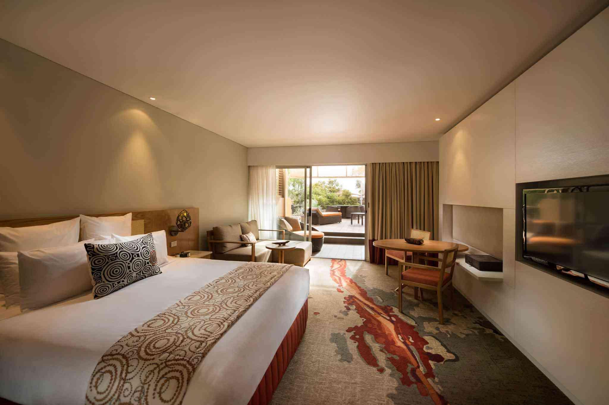Ayers Rock Uluru hotel Sails in the Desert room