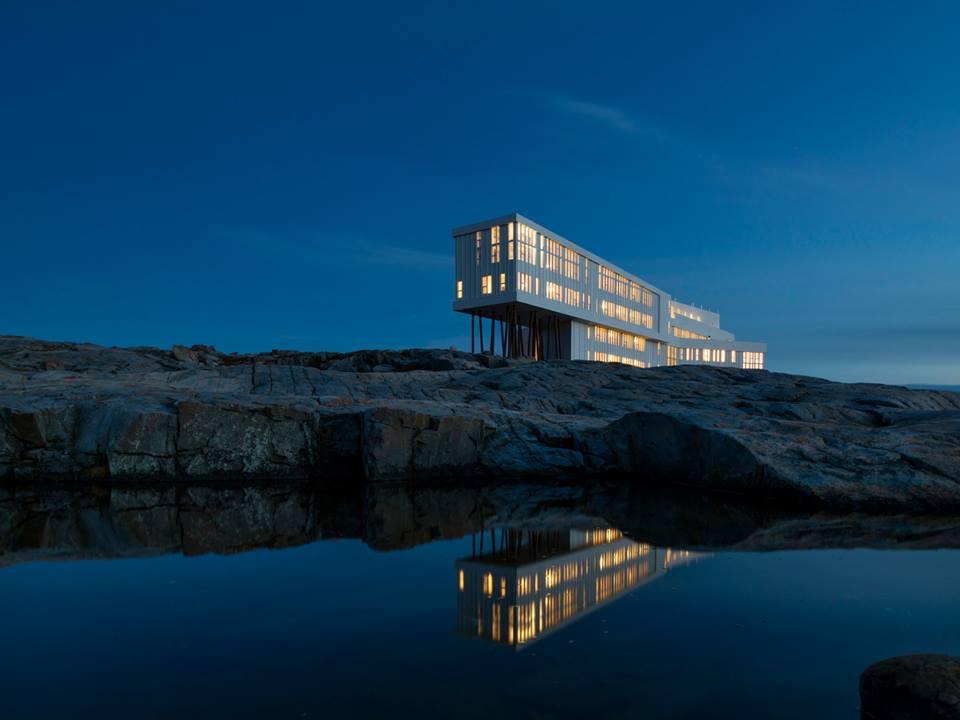 Fogo Island Inn reflexion