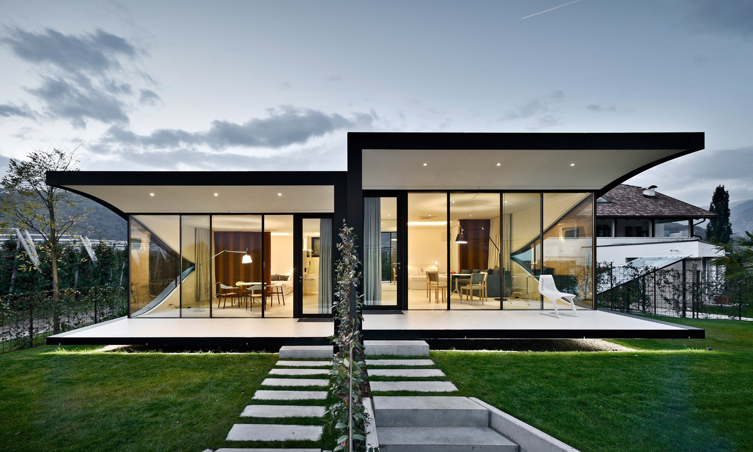 Mirror Houses front