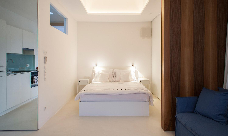 Mirror Houses bedroom