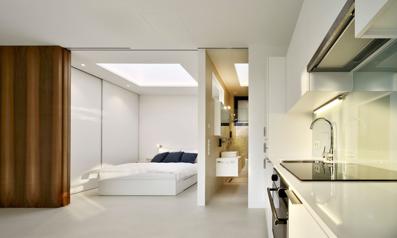 Mirror Houses kitchen + bedroom