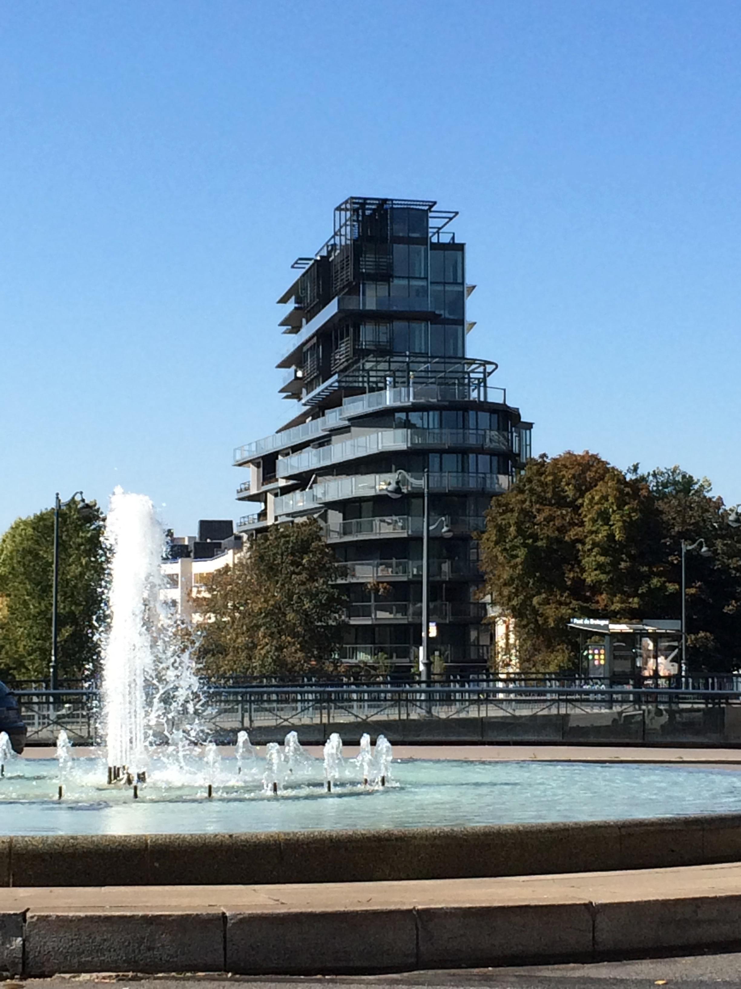 Cap Mail architecture, Rennes - by Graeme Villeret