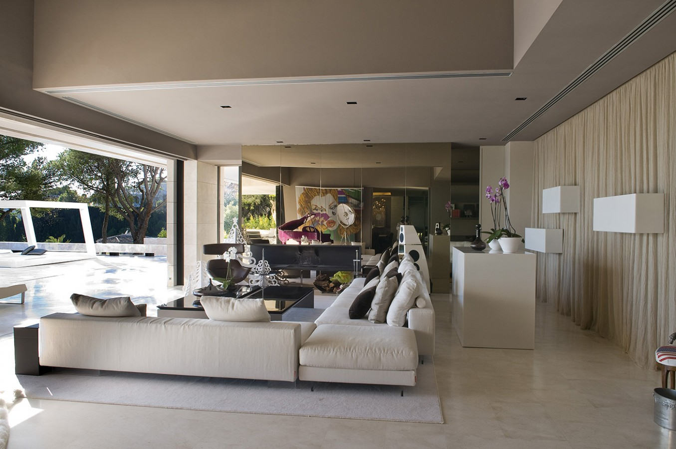 Marbella II - living room