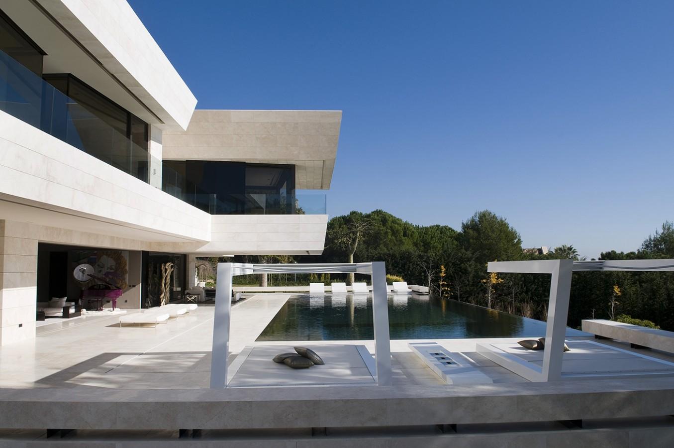 Marbella II - terrace