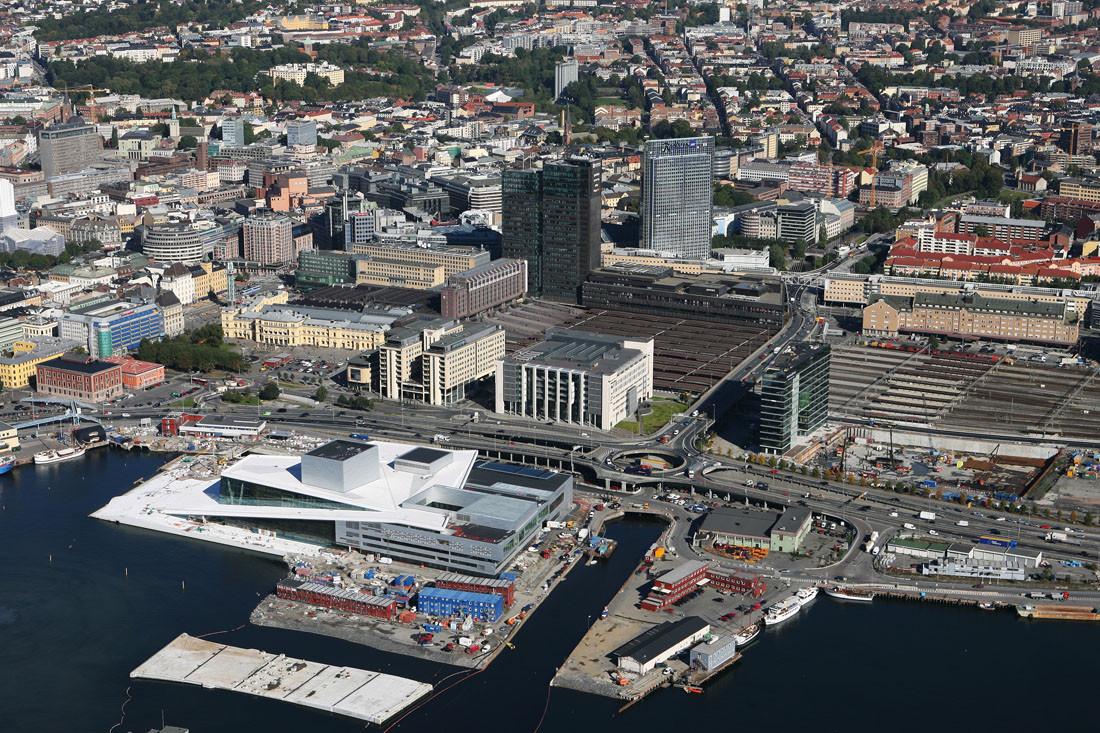 Oslo Opera House situation - Snohetta