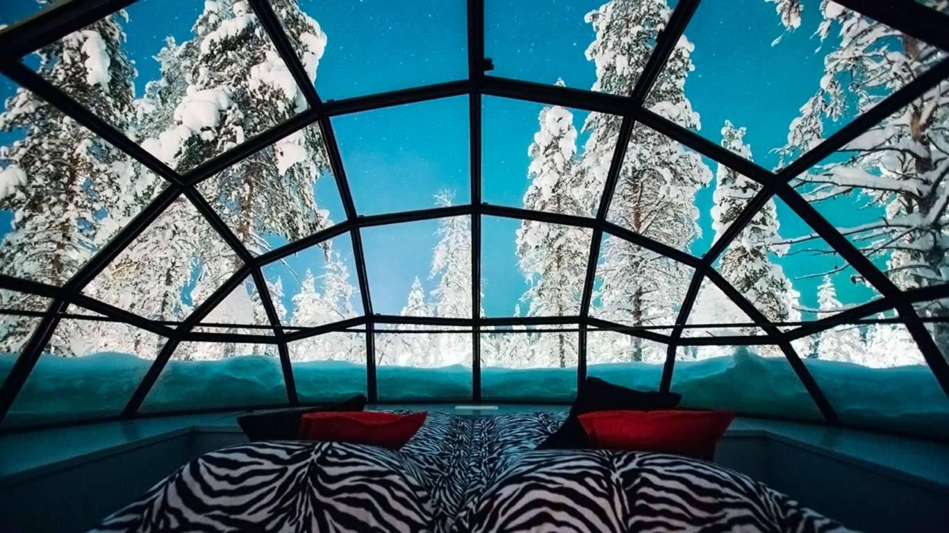 Kakslauttanen - glass igloos
