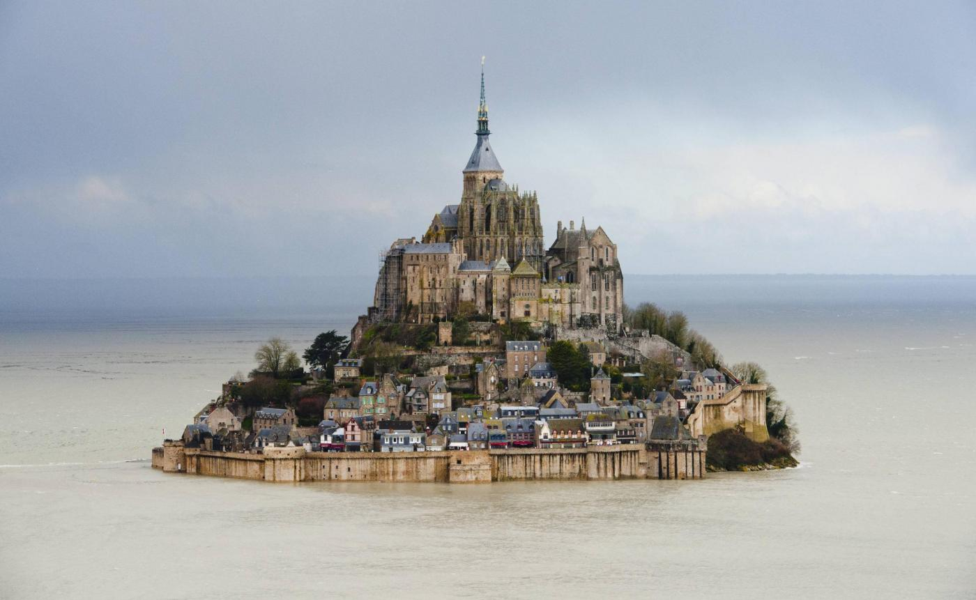 Mont Saint-Michel tide of the century