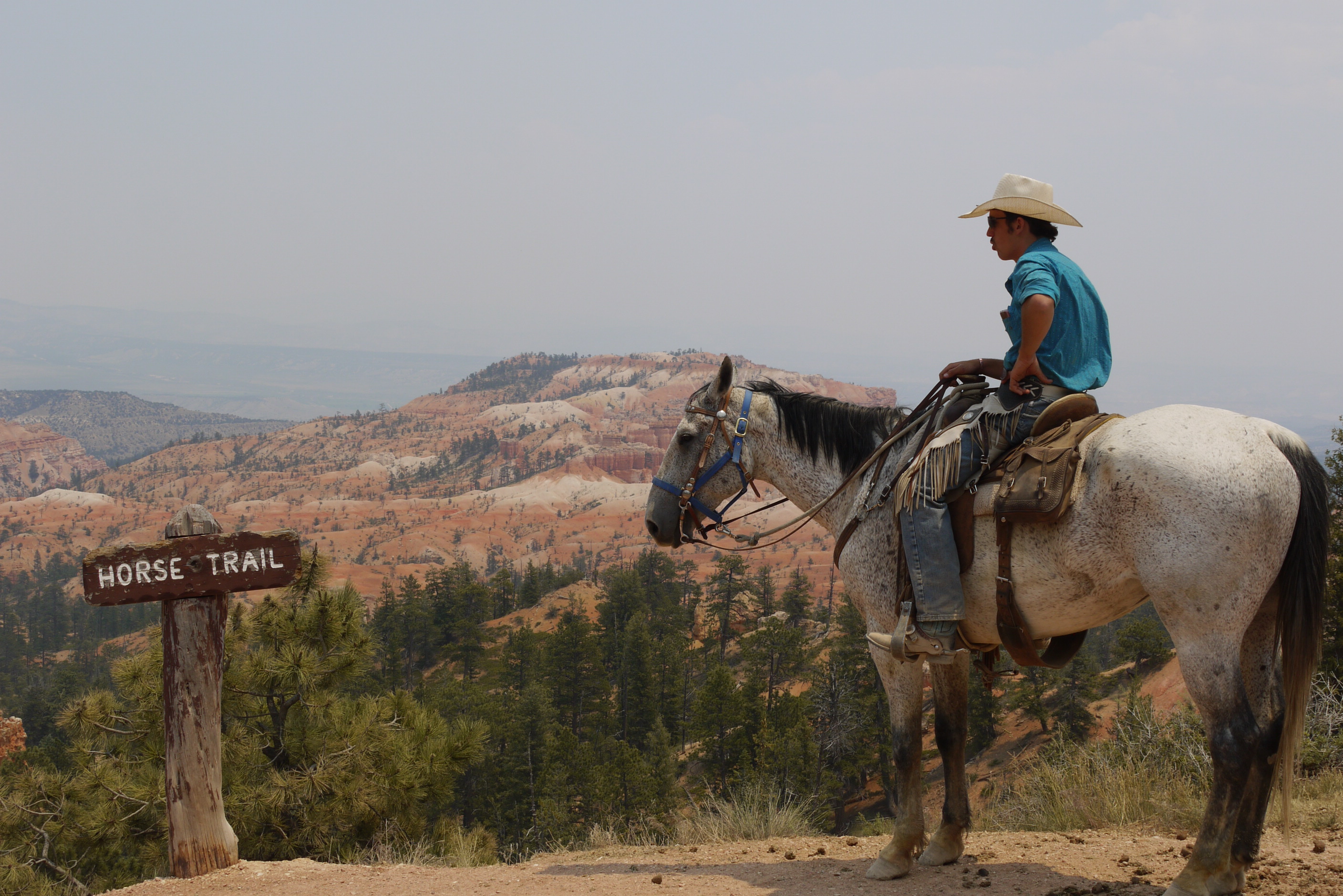 Bryce - cowboy on the horse trail